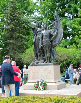WW I memorial by Daniel Chester French